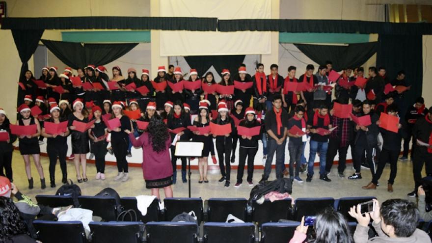 Recital navideño en Xochimilco
